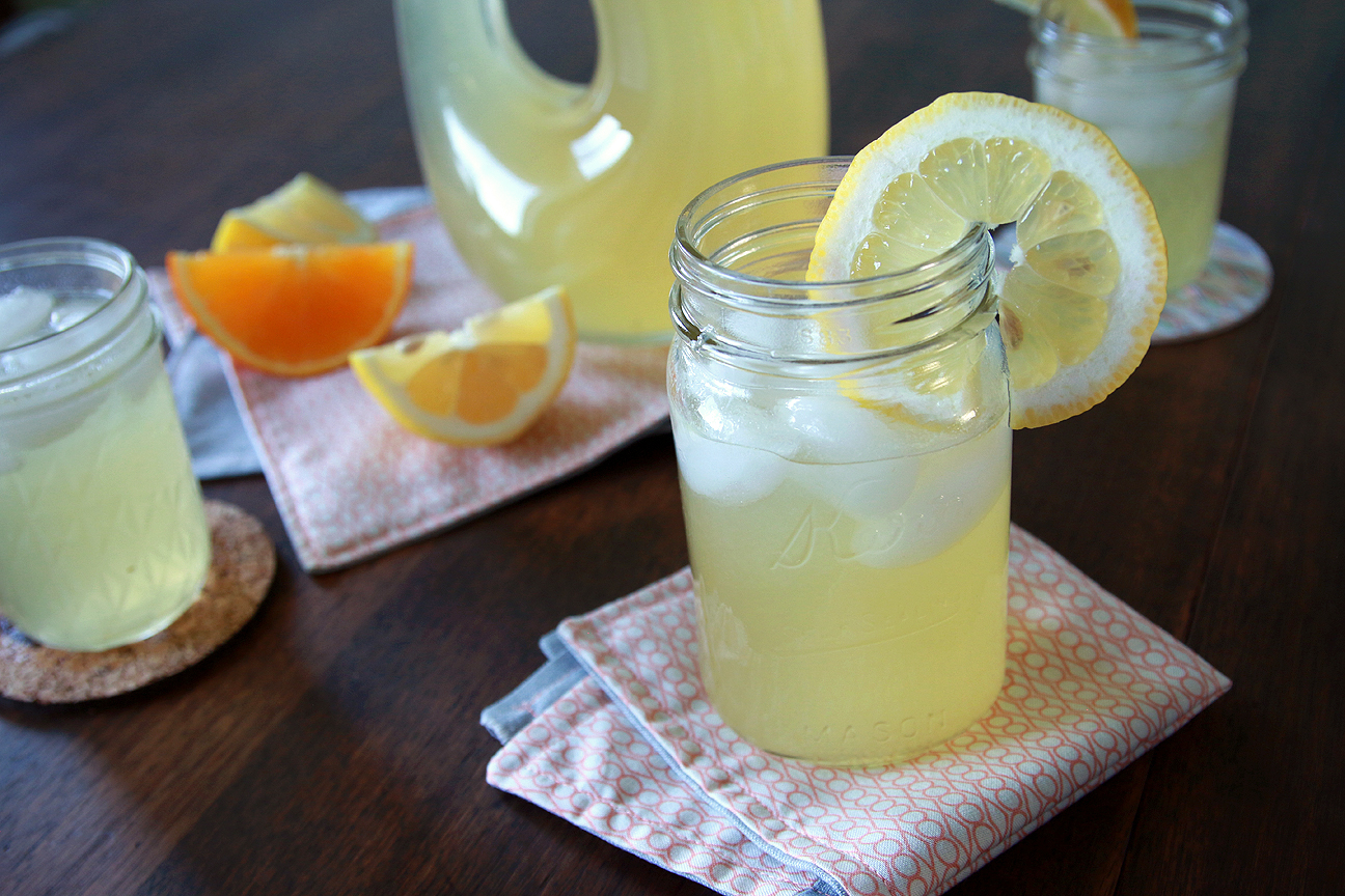 Fresh Squeezed Lemonade {with hints of orange & grapefruit} | Milk & Cereal